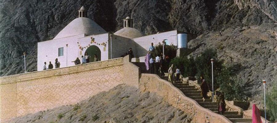 سفر به یزد و مکان های تاریخی؛ زیارتگاه پیرهریشت