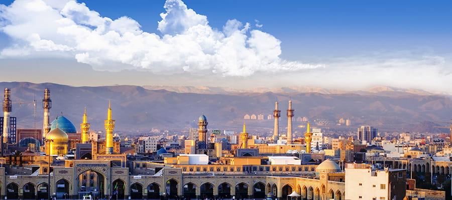 شهر مشهد در شرق ایران یکی از بهترین مکان ها برای سفر داخلی در پاییز
