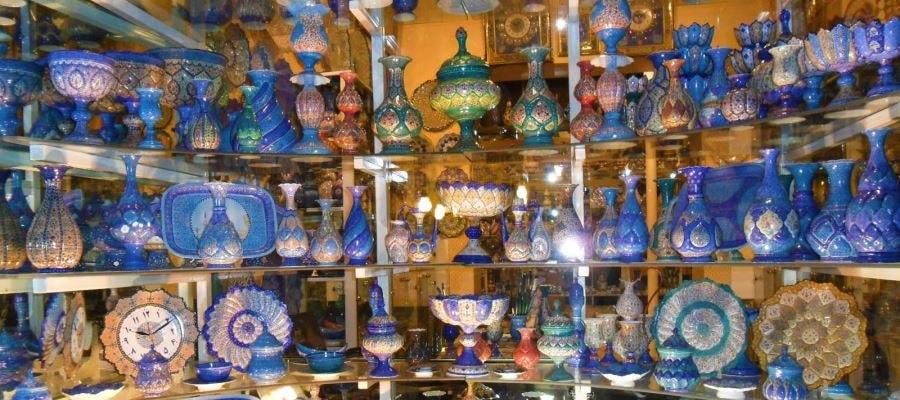 جاذبه های دیدنی اصفهان؛ مینا کاری و خاتم کاری