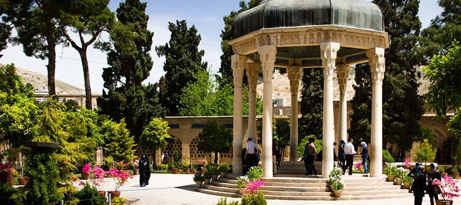 شیراز سرزمین فالوده و یکی از بهترین مقاصد گردشگری در ایران