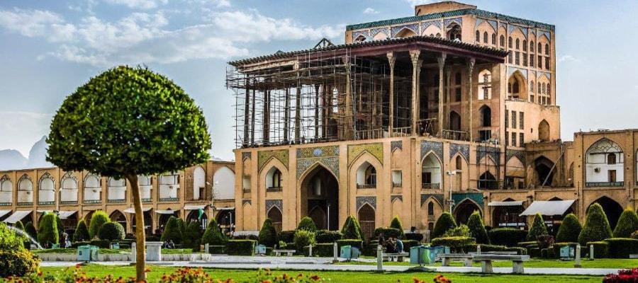 بناهای تاریخی و جاذبه های گردشگری اصفهان
