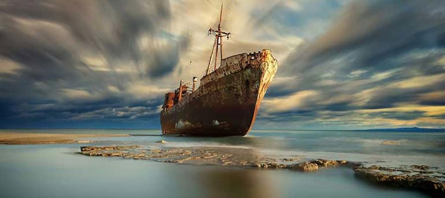 کشتی یونانی، مشهورترین جاذبه های گردشگری کیش