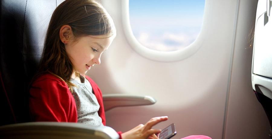 کودکان و سفر با هواپیما