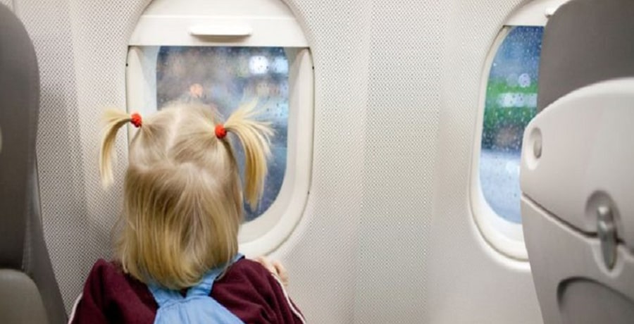 راهنمای سفر با هواپیما با کودکان