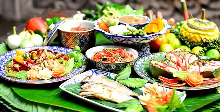 غذاهای معروف در شهر بوکت