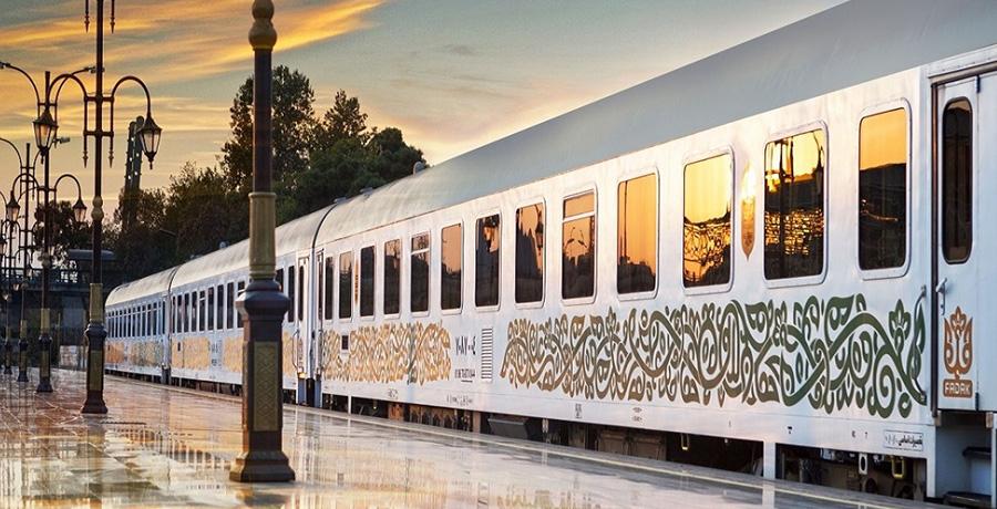 معرفی قطار فدک به عنوان یکی از بهترین قطار های ایران
