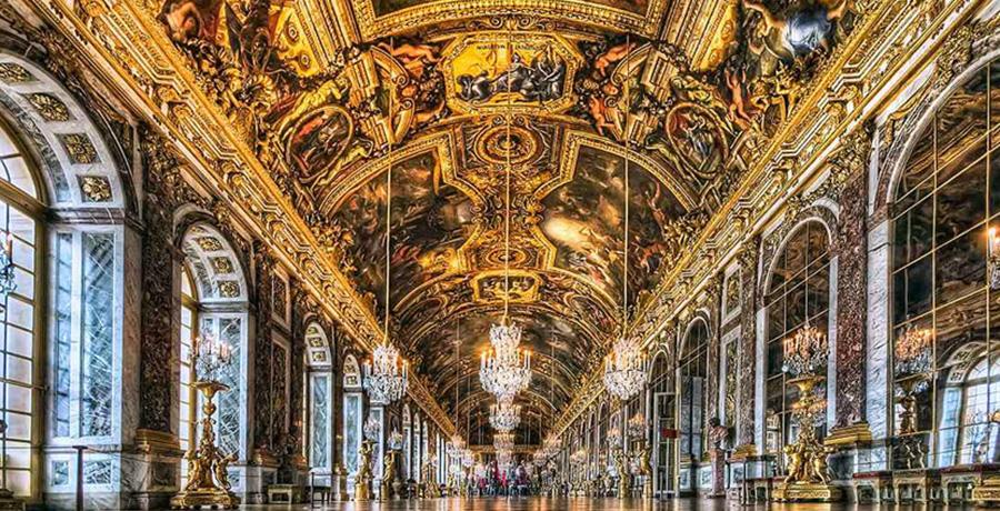 دیدار از جاذبه های تاریخی و گردشگری پاریس