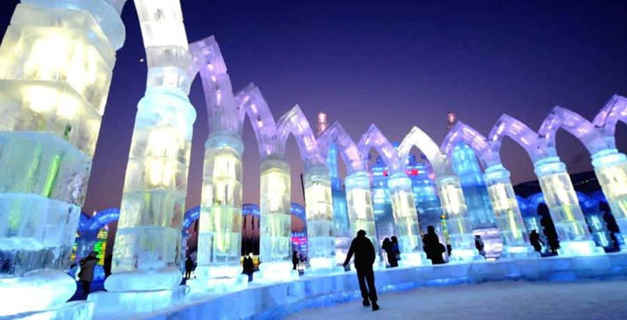 فستیوال های زمستانی دنیا و تصویری از جشنواره برف و یخ هاربین چین