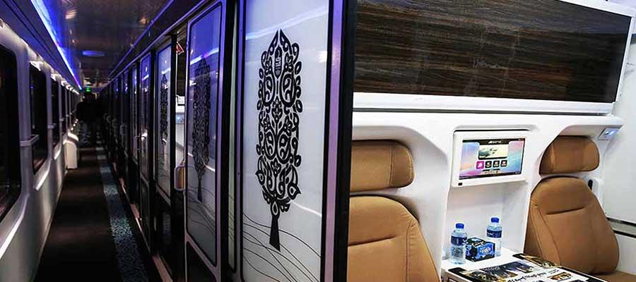 عکس کوپه قطار فدک