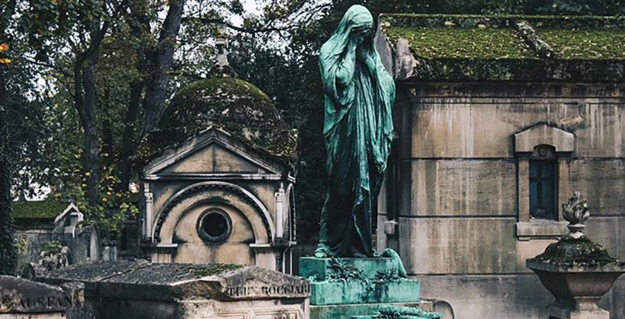 راهنمای سفر به پاریس و جاذبه های دیدنی آن