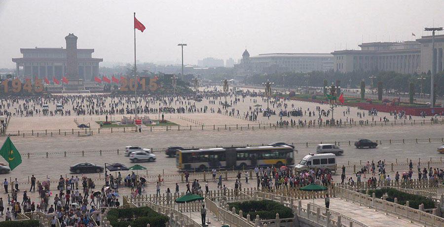 بزرگترین میدان چین، میدان تیان آمن