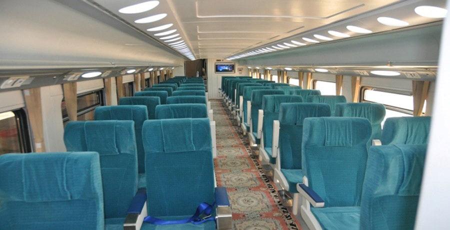 تصویری از فضای داخل کابین قطار اتوبوسی صبا