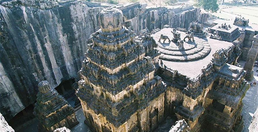 غار های الوارا، معروف ترین معبد بودایی در هند