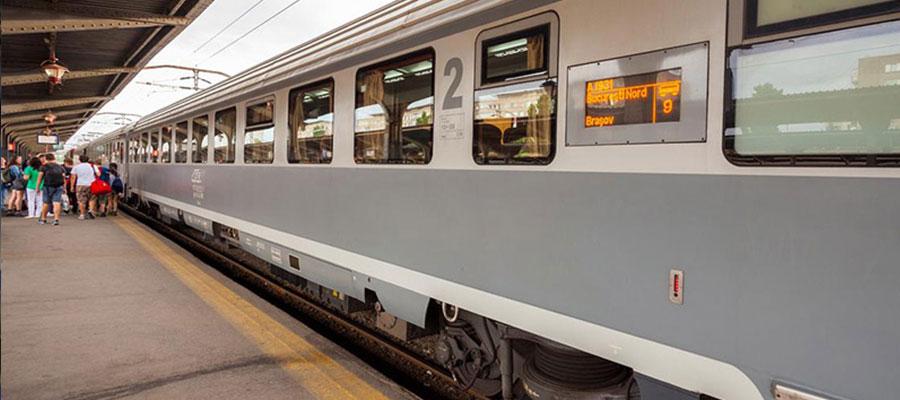 قطار پلور سبز تهران به شیراز