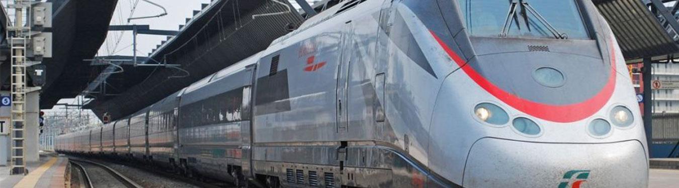 امکانات و عکس قطار سروش