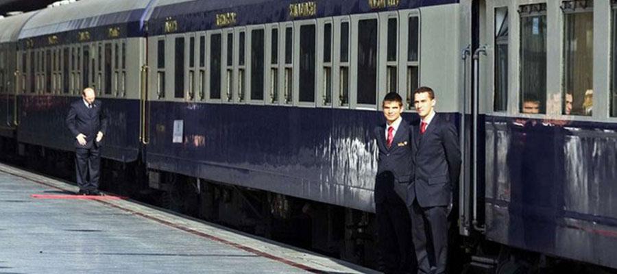 امکانات قطار سروش به همراه خرید بلیط