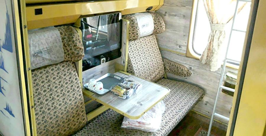 آشنایی با خدمات قطار نگین اتوبوسی و کوپه ای ریل ترابر سبا