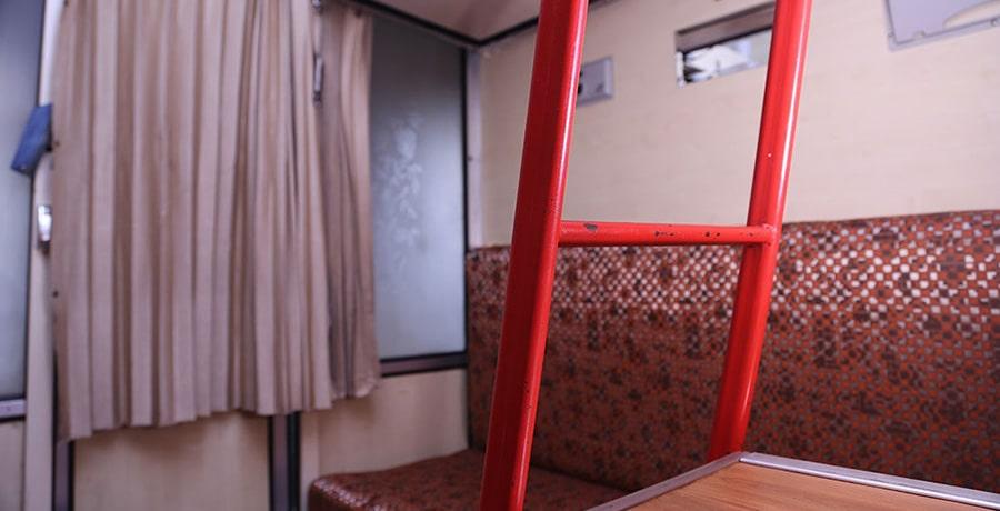 خدمات و امکانات قطار شش تخته پارسی
