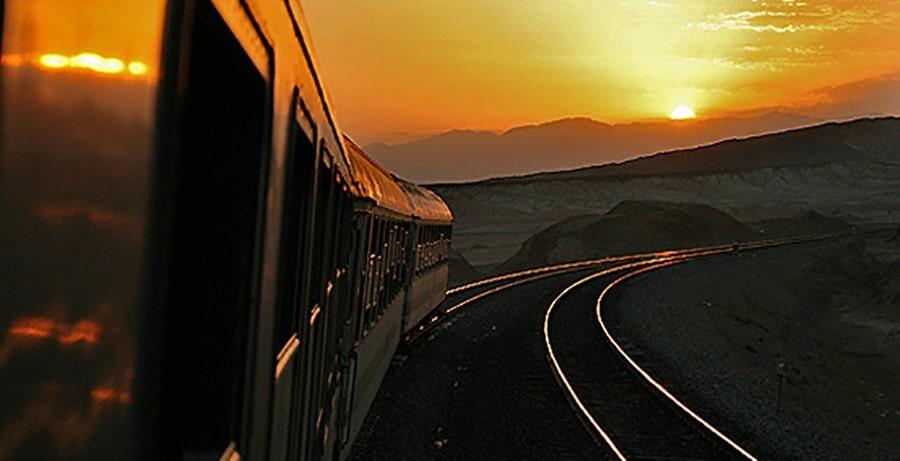 قطار مهتاب تهران مشهد