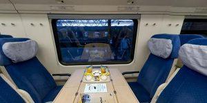 محیط داخلی قطار پردیس