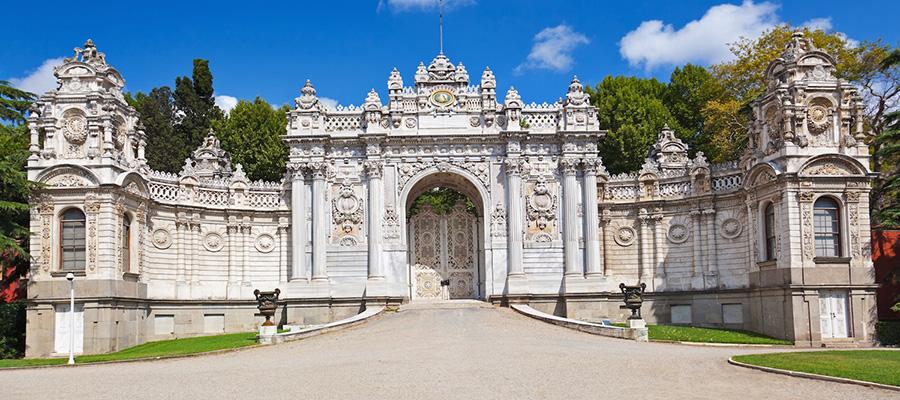 قصر دلما بهچه (دولما باغچه)