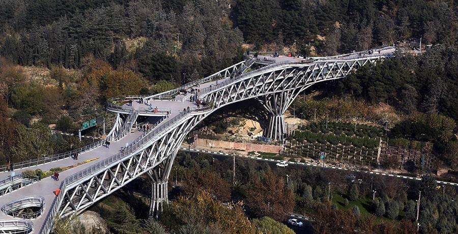 پل طبیعت، نماد شهر تهران