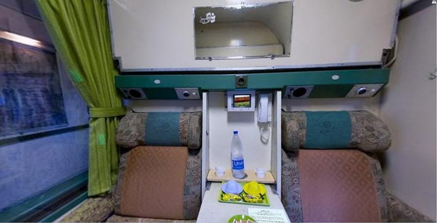 تصویری از داخل واگن قطار سبز رجا، قطار سبز ویژه