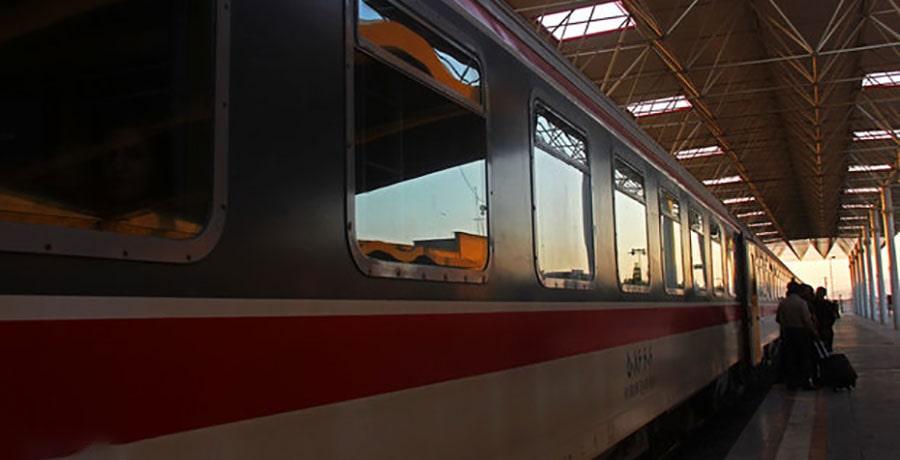 ساعت حرکت برنامه حرکت قطار حومه تهران هشتگرد